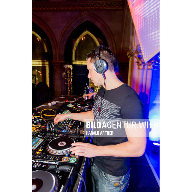 Bildnr.: 21305 | Paradies City Halloween 2015 @ Rathaus Wien  | Tom Snow | © HARALD ARTNER