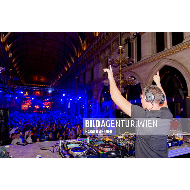 Bildnr.: 21378 | Paradies City Halloween 2015 @ Rathaus Wien  | Tom Snow | © HARALD ARTNER