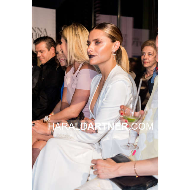 Vienna Fashion Night 2016 @ Wien - Bearbeitet_HA1_6328.jpg